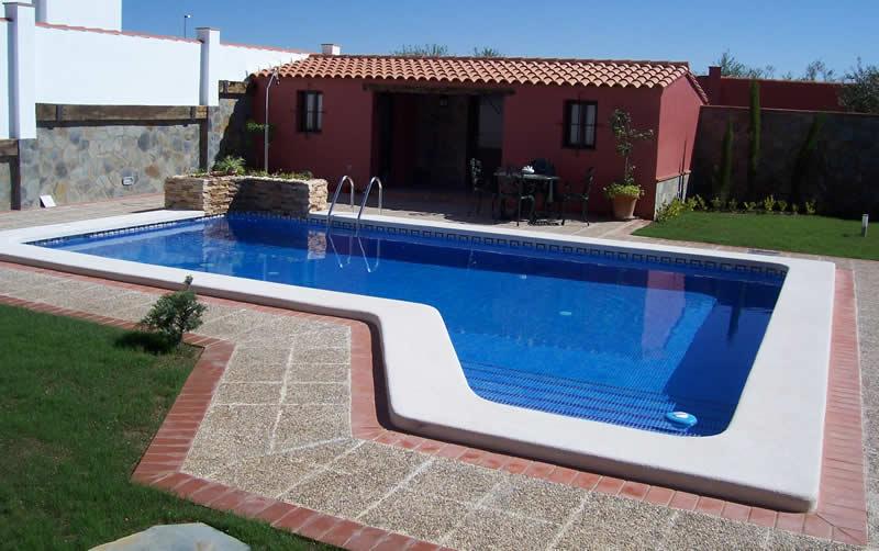 Construccin de piscinas piscinas badajoz piscinas con - Construccion de piscinas en sevilla ...
